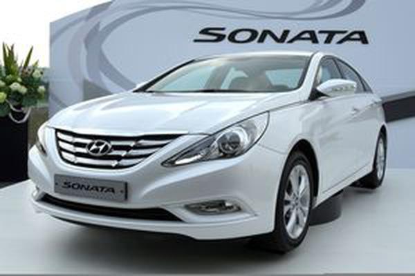 Hyundai Sonata 2012 màu bạc và bạc xám giá cực sốc, giao xe ngay tại Hyundai Giải Phóng đại lý cấp 1... , Ảnh đại diện
