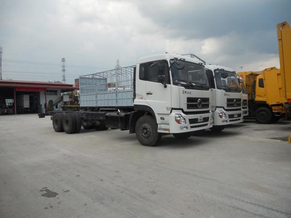 Xe tải Dongfeng 3 chân 13,6 tấn thùng C260 nhập khẩu , Ảnh đại diện
