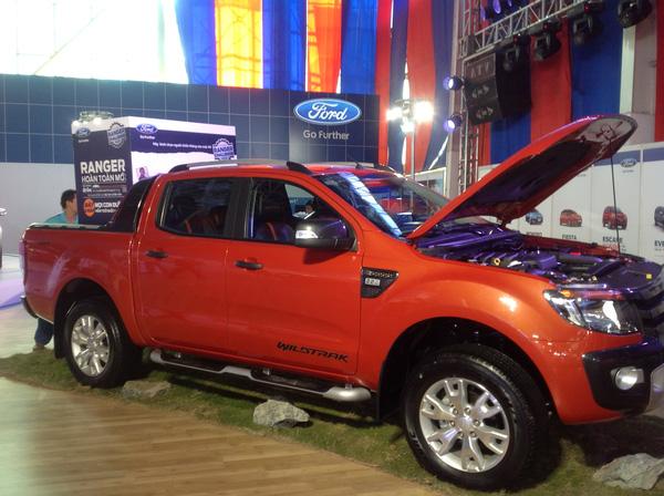 Xe bán tải nhập khẩu Ford Ranger nguyên chiếc 2 cầu 1 cầu số tự động và số sàn màu trắng, đỏ, đen, xanh , Ảnh đại diện