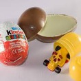 Kẹo Chocolate trứng Kinder Surprise