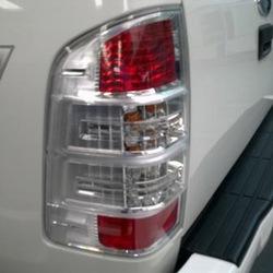 Đèn lái sau Ford Ranger 09