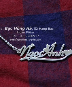Hot trend: Dây chuyền mặt chữ Name necklace