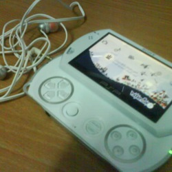 psp go White New